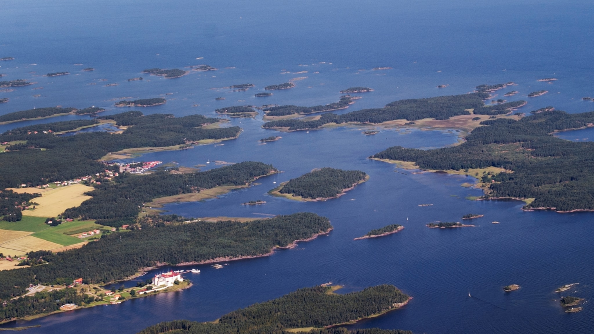 Vänern är inland, Östersjön och västerhavet på samma gång