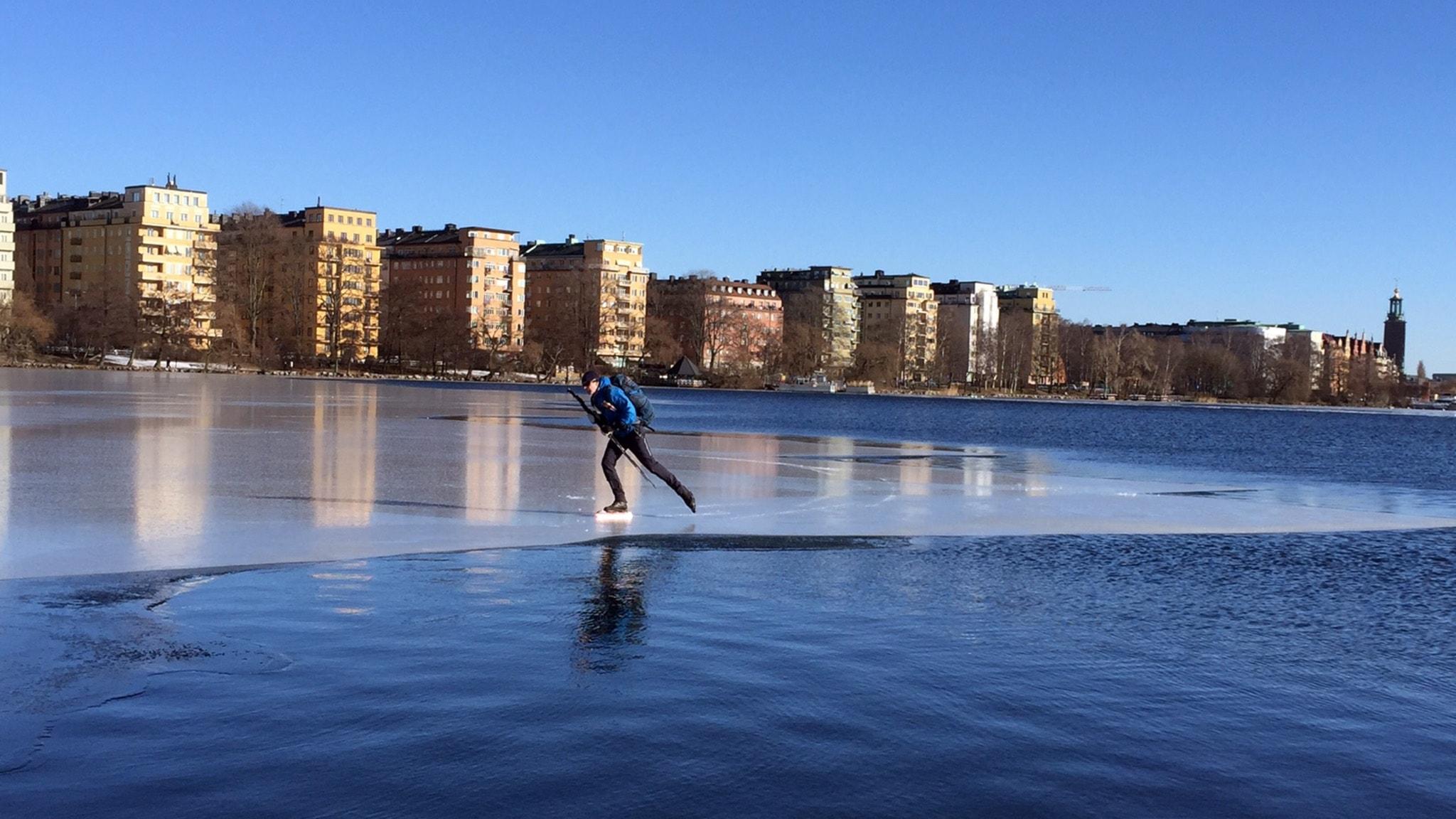 Mälarens is och Jämtlands fjällängar