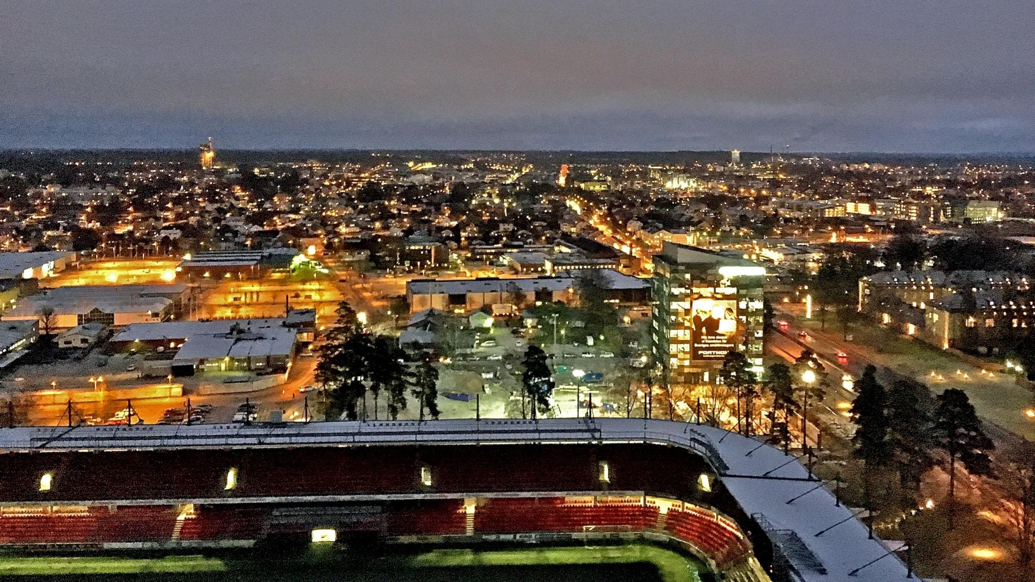 Vi blickar ut över Växjö från 19:e våningen