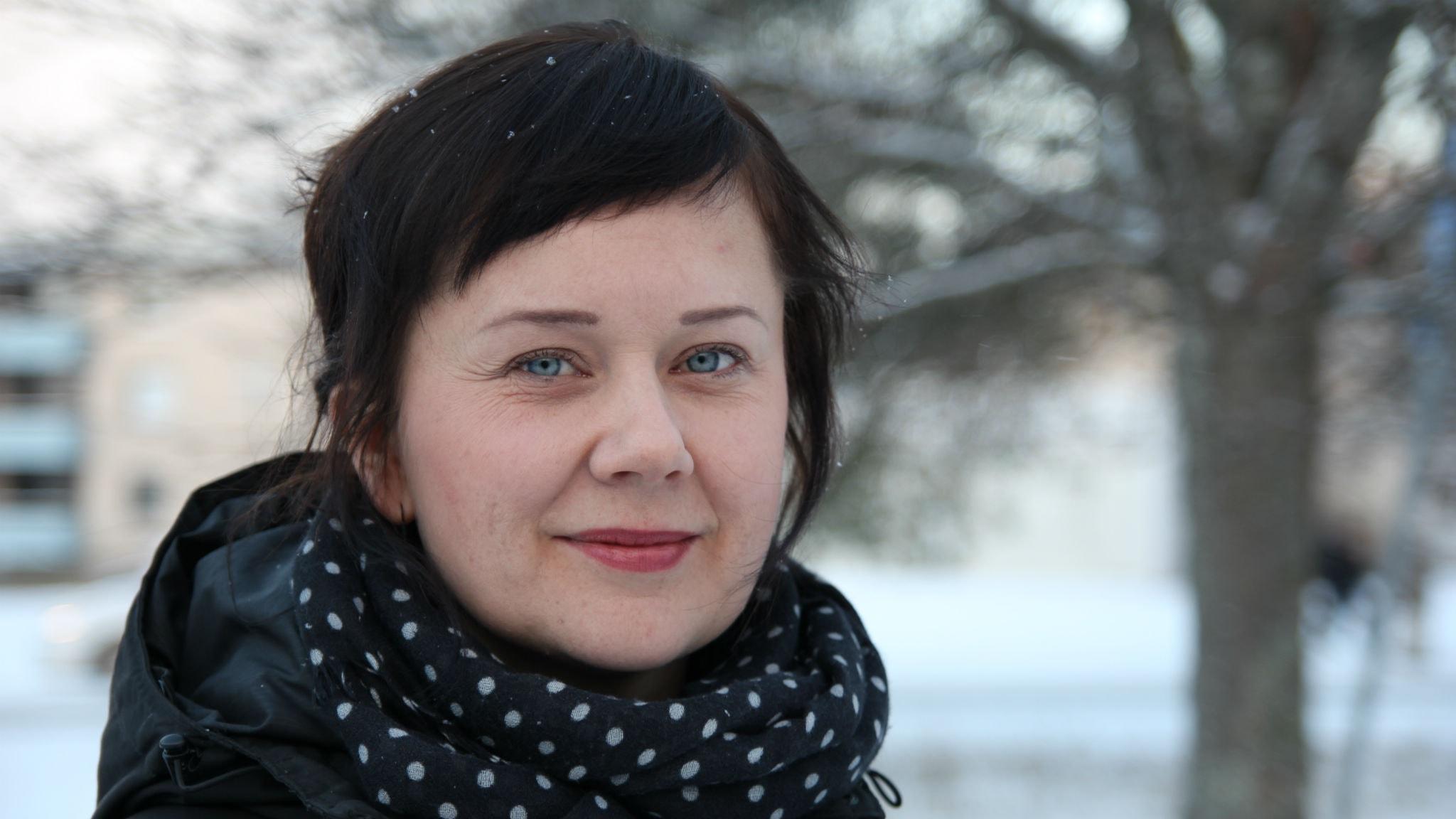 Sprickor släpper genom ljuset – Susanne Dahl