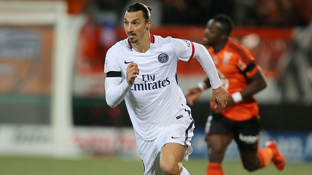 Zlatan Ibrahimovic i PSG-tröjan. Foto: AP Photo/David Vincent/TT