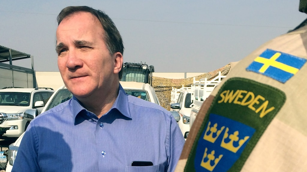 Prime Minister Stefan Löfven visiting Swedish forces in Iraq in 2016.