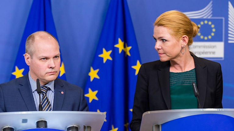 Sweden's Migration Minister Morgan Johansson and Denmark's Integration minister Inger Støjberg at the press conference in Brussels. Photo: Geert Vanden Wijngaert/AP/TT