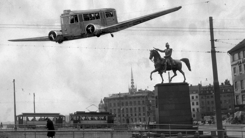 An April Fools prank from 1950 in Sweden about a flying street car line. Photo: Pressens Bild