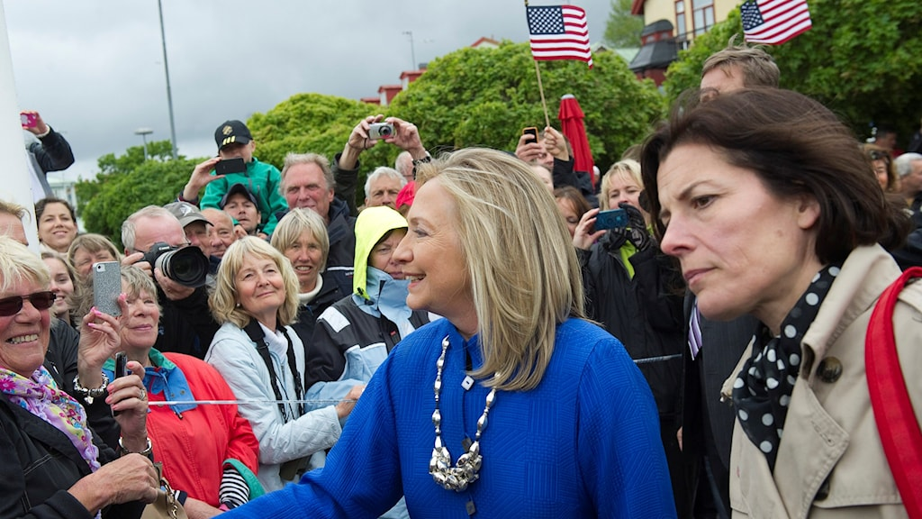 Then Secretary of State, Hillary Clinton, pictured during a visit to the Swedish island of Vaxholm in 2012, along with Sweden's then-Minister for Defense, Karin Enström of the conservative Moderates. Photo: Maja Suslin / TT