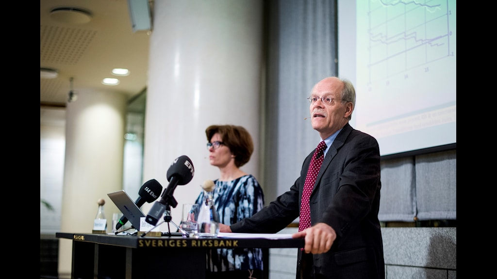 Stefan Ingves, head of the Riksbank, announces an interest rate decision in 2015.
