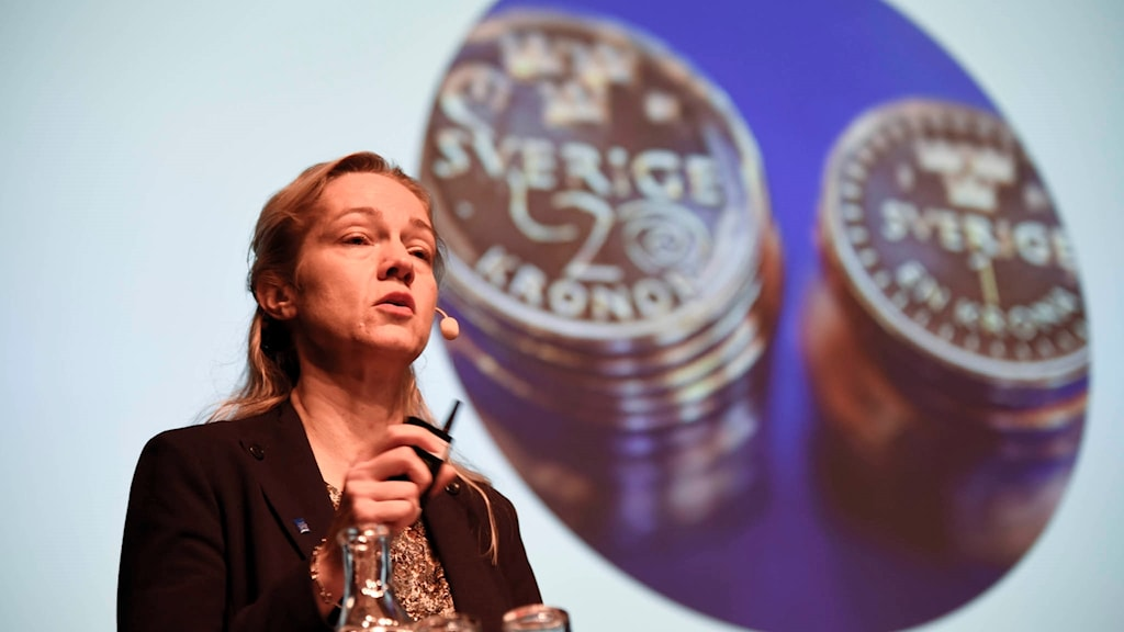 Cecilia Skingsley, deputy governor of the Riksbank, announcing plans to investigate the use of digital currenc