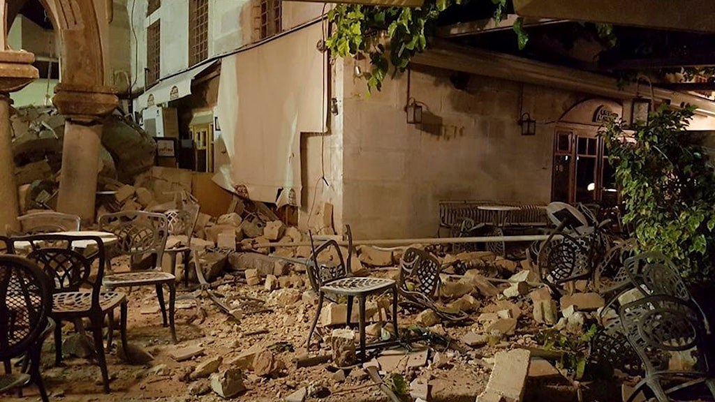 A cafe on the island of Kos, which was hard-hit by the earthquake, is now mostly rubble.
