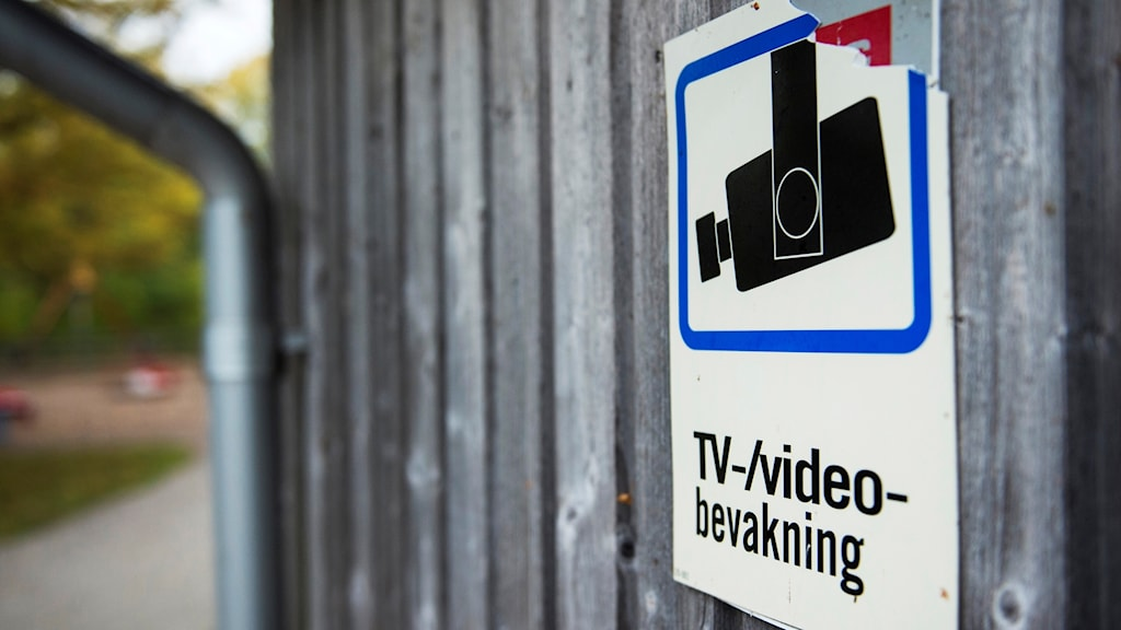 The cameras were installed in Rinkeby, Husby, and Tensta in May.