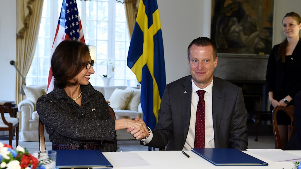 US Ambassador and Swedish Home Affairs Minister