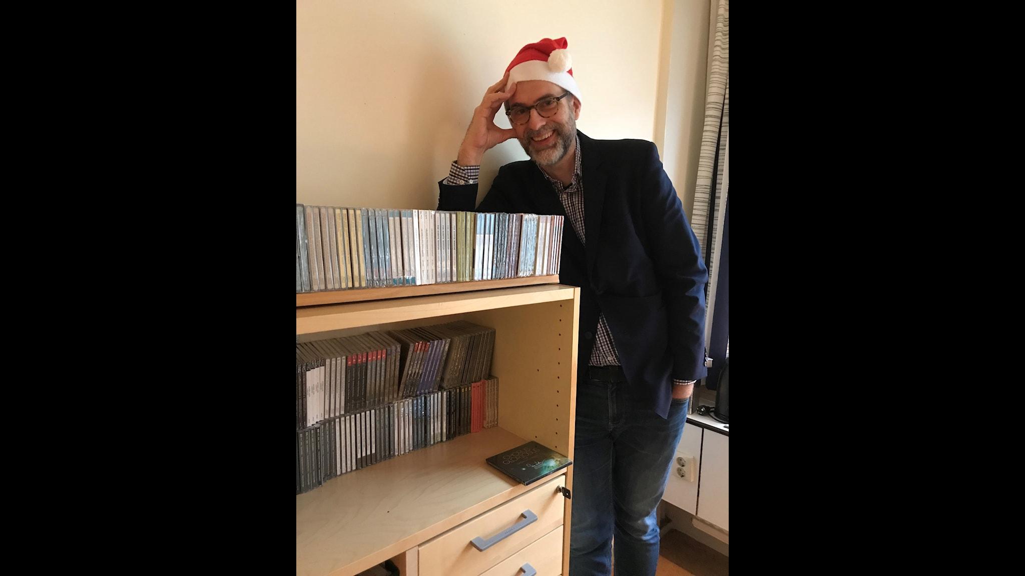 Runda klappar med klingande innehåll utlovas i Johans julspecial