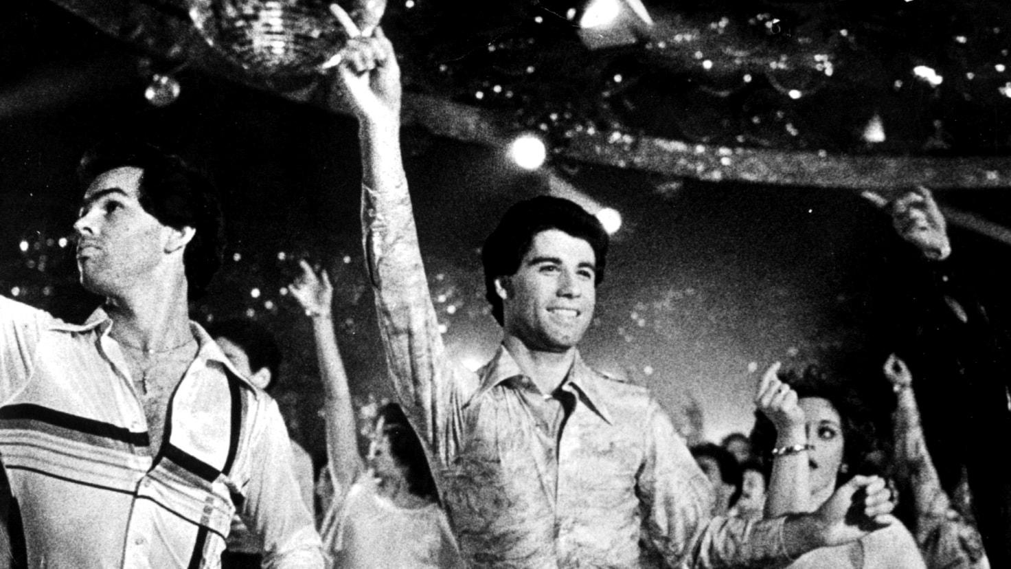 Saturday Night Fever – hurra för 40 år av discodans, tajta skjortor och högt skurna byxor