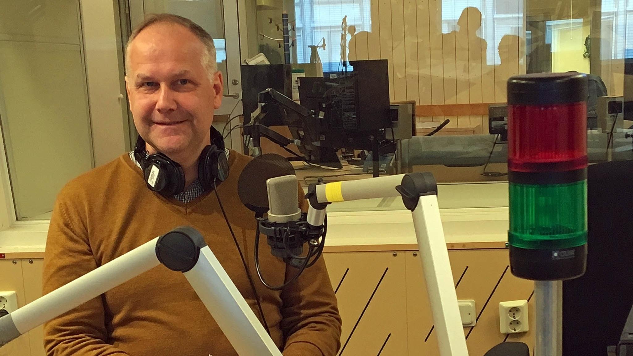 Hur skakigt är samarbetet med regeringen, Jonas Sjöstedt (V)?
