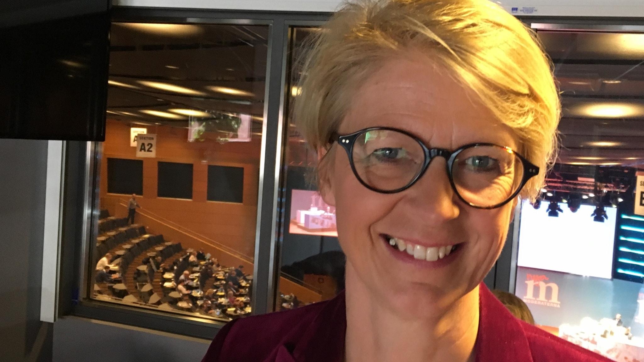 Elisabeth Svantesson (M) - moderat kursändring?