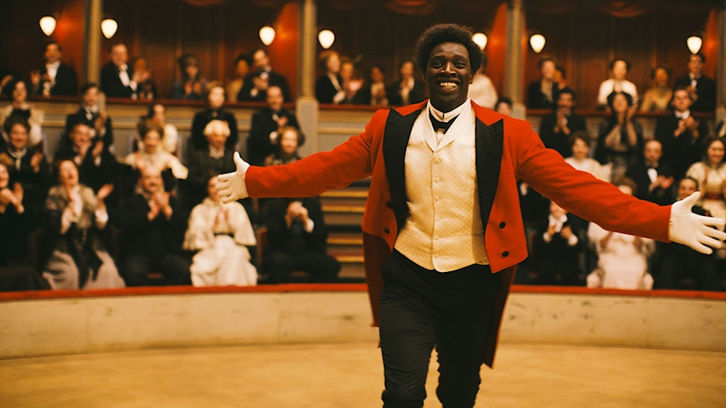 Omar Sy i Monsieur Chocolat. Foto: Noble Entertainment.