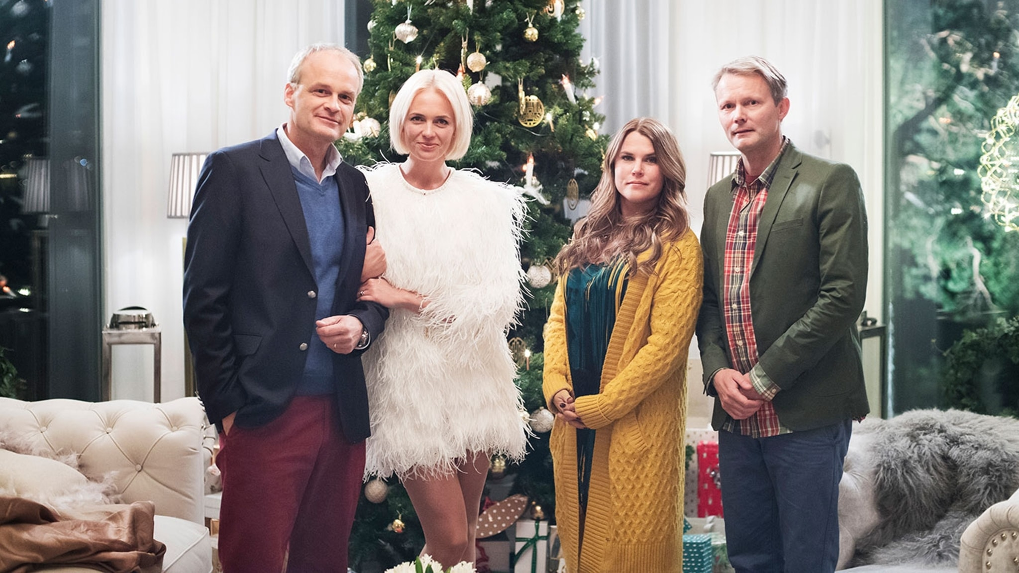 Fem mutåtalade chefer i Kultursverige frias och filmen Solsidan slår rekord. Med Viveca Bladh.