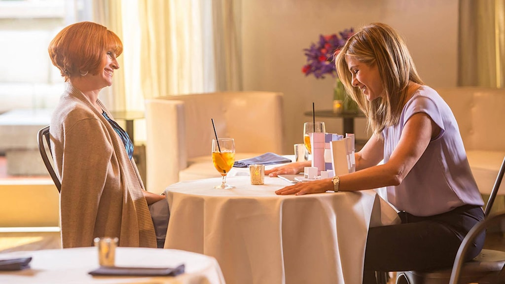 Julia Roberts och Jennifer Aniston i Mother´s day. Foto: SF.