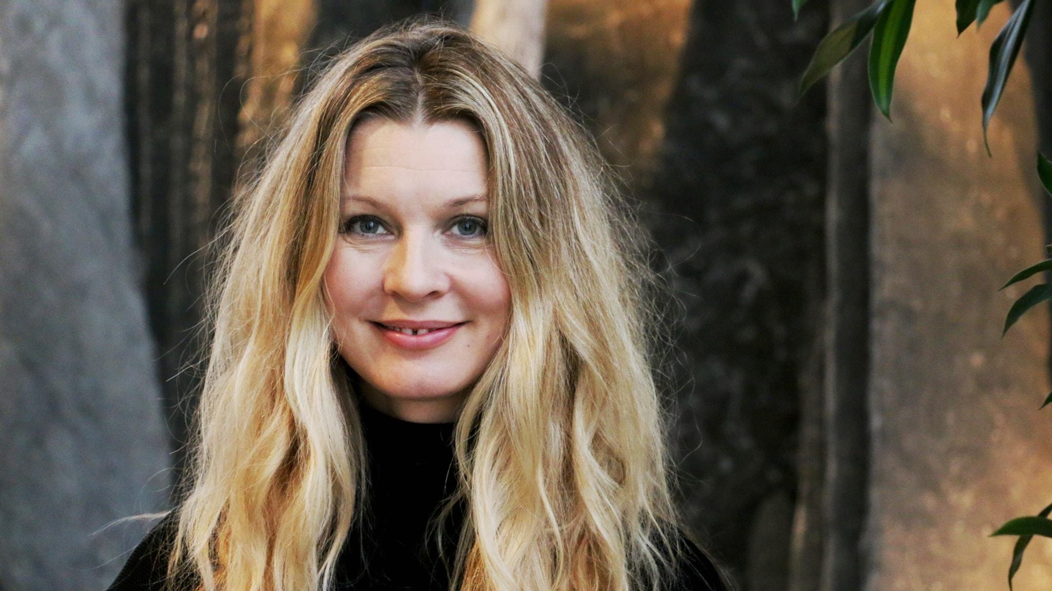 Pernilla Andersson sjunger in julen