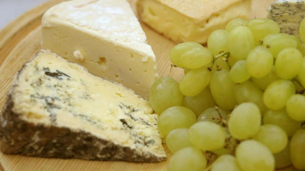 hålen i osten