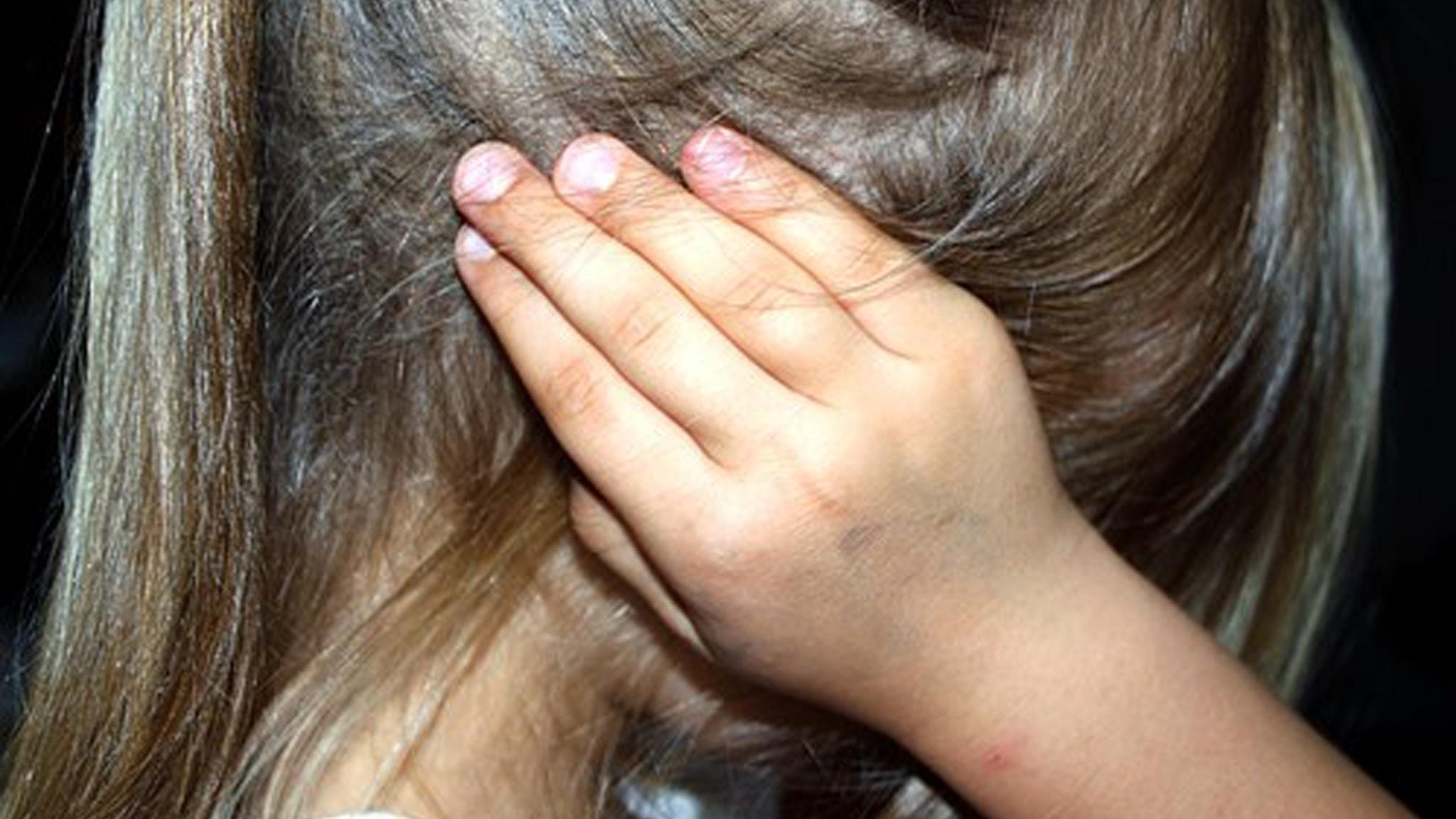 Del 1/2 Män som hotar, män som slår: Jag kastade in mina barn i duschen