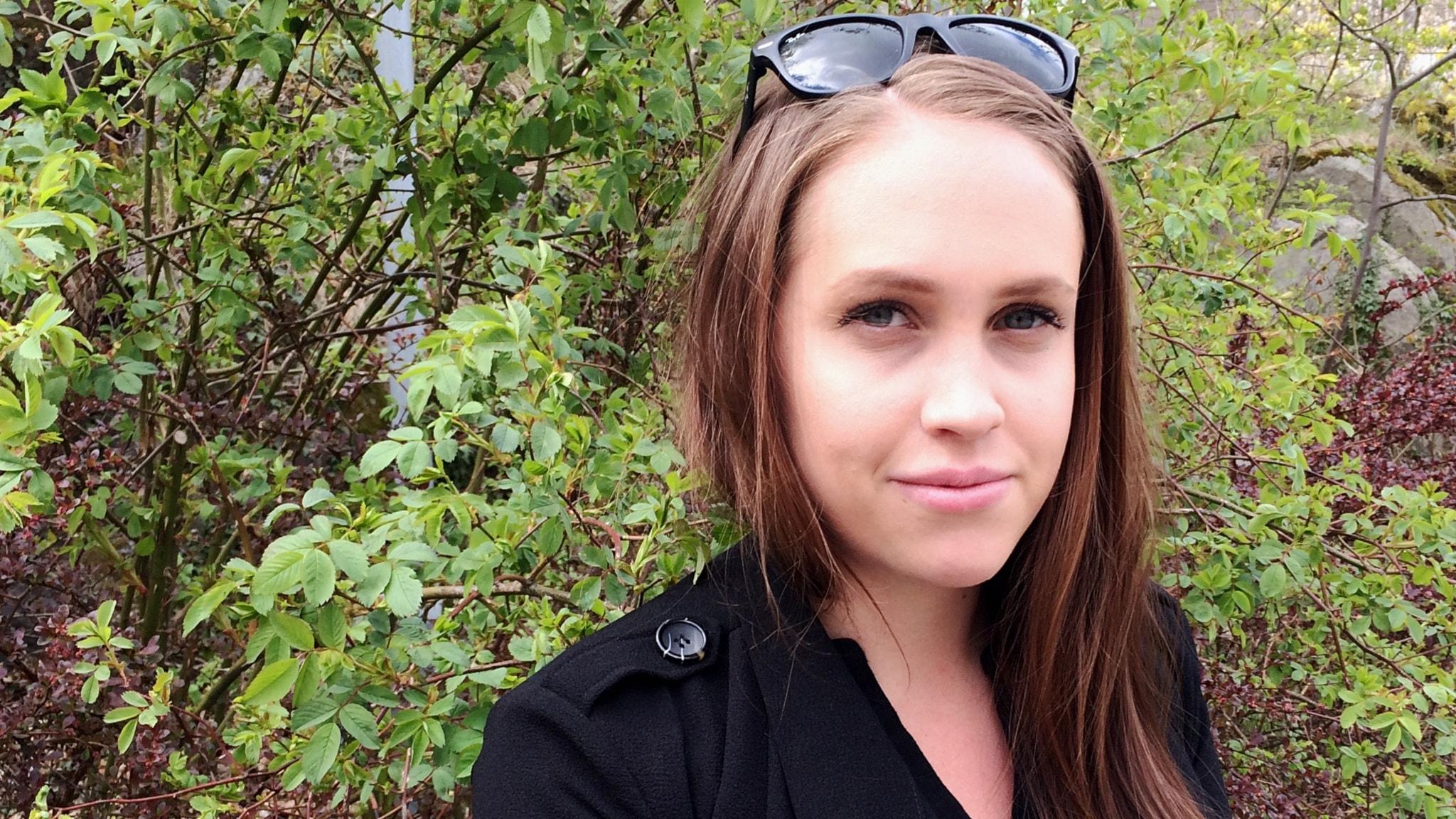Ingen bryr sig om tjejer med menssmärtor- berättelser om endometrios