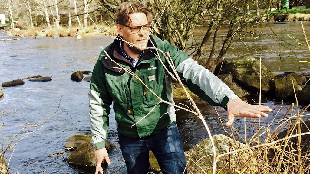 Ola Söderdal är bekymrad över vattenbristen i Mörrumsån