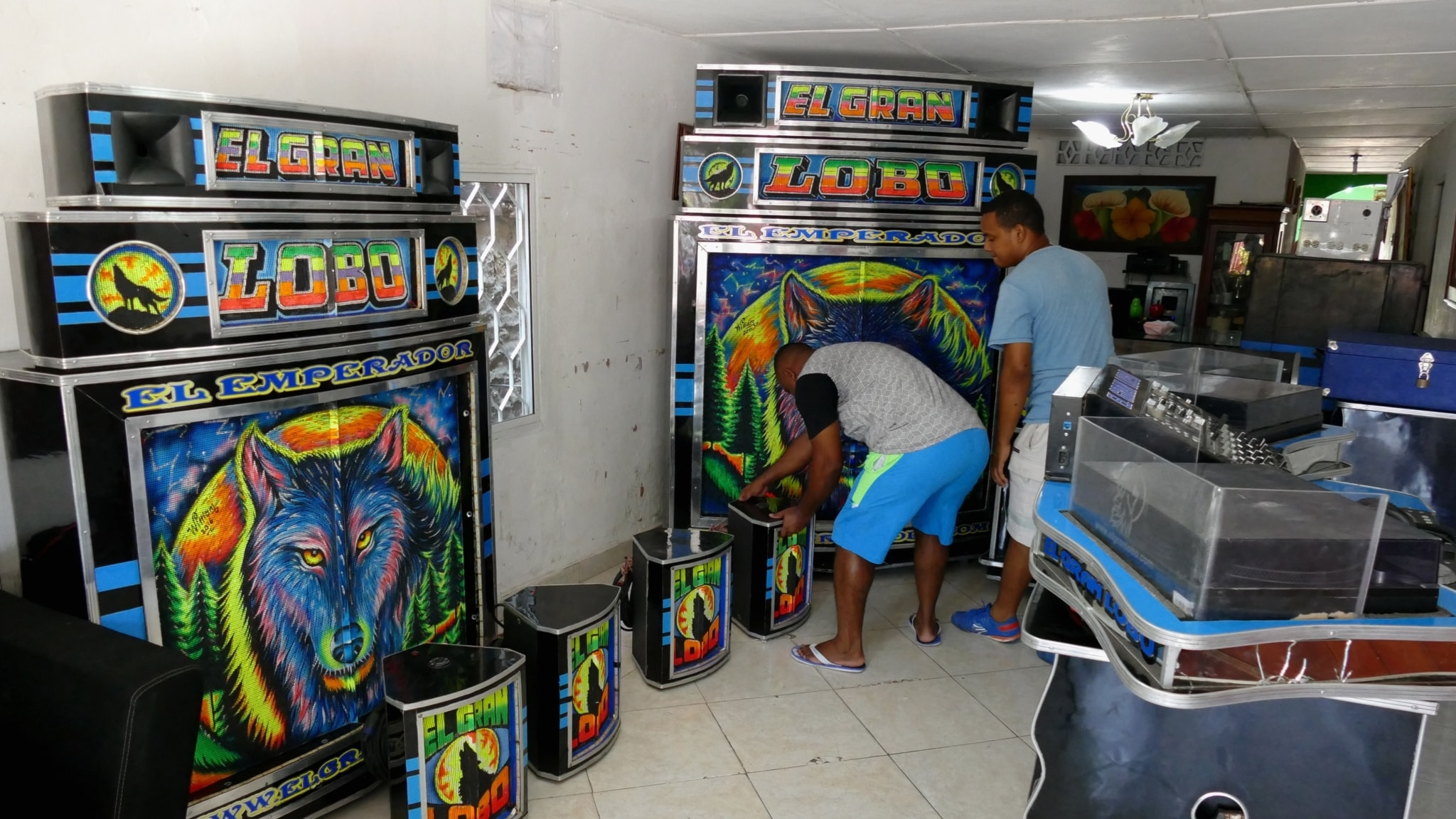 Karibiens mobila discon skapar nya danser
