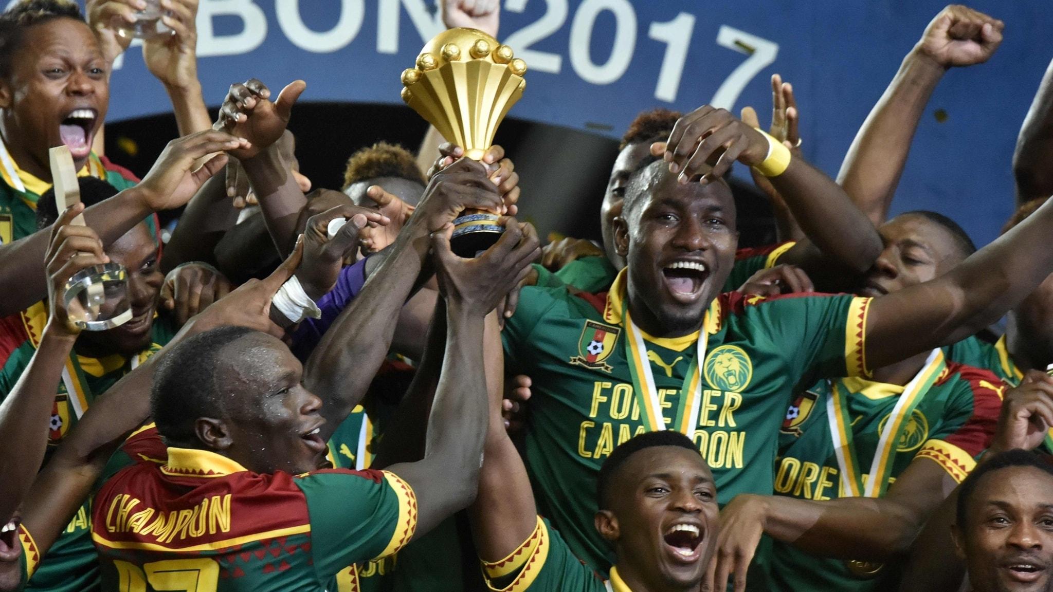 Starka känslor i Yaounde och Kairo