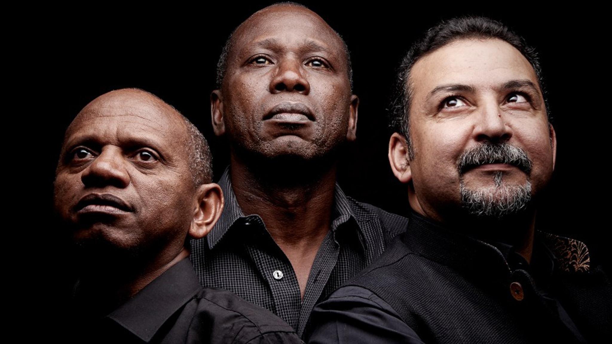 Strängarnas mästarmöte och vintage från Västindien blandas med juliga låtar