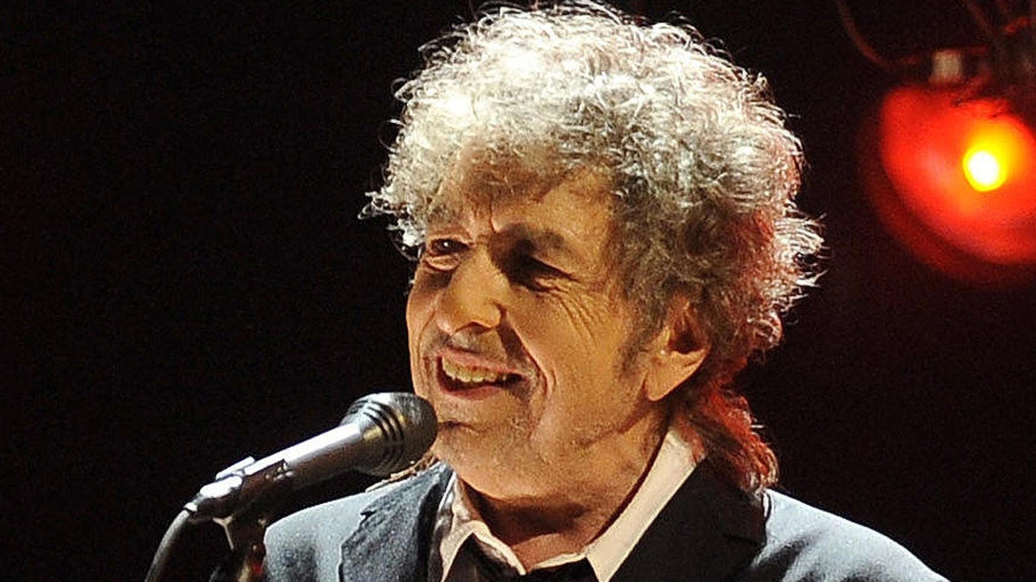 Vi går på Dylanseminarium och lyssnar på brittisk och svensk folkmusik på hög nivå