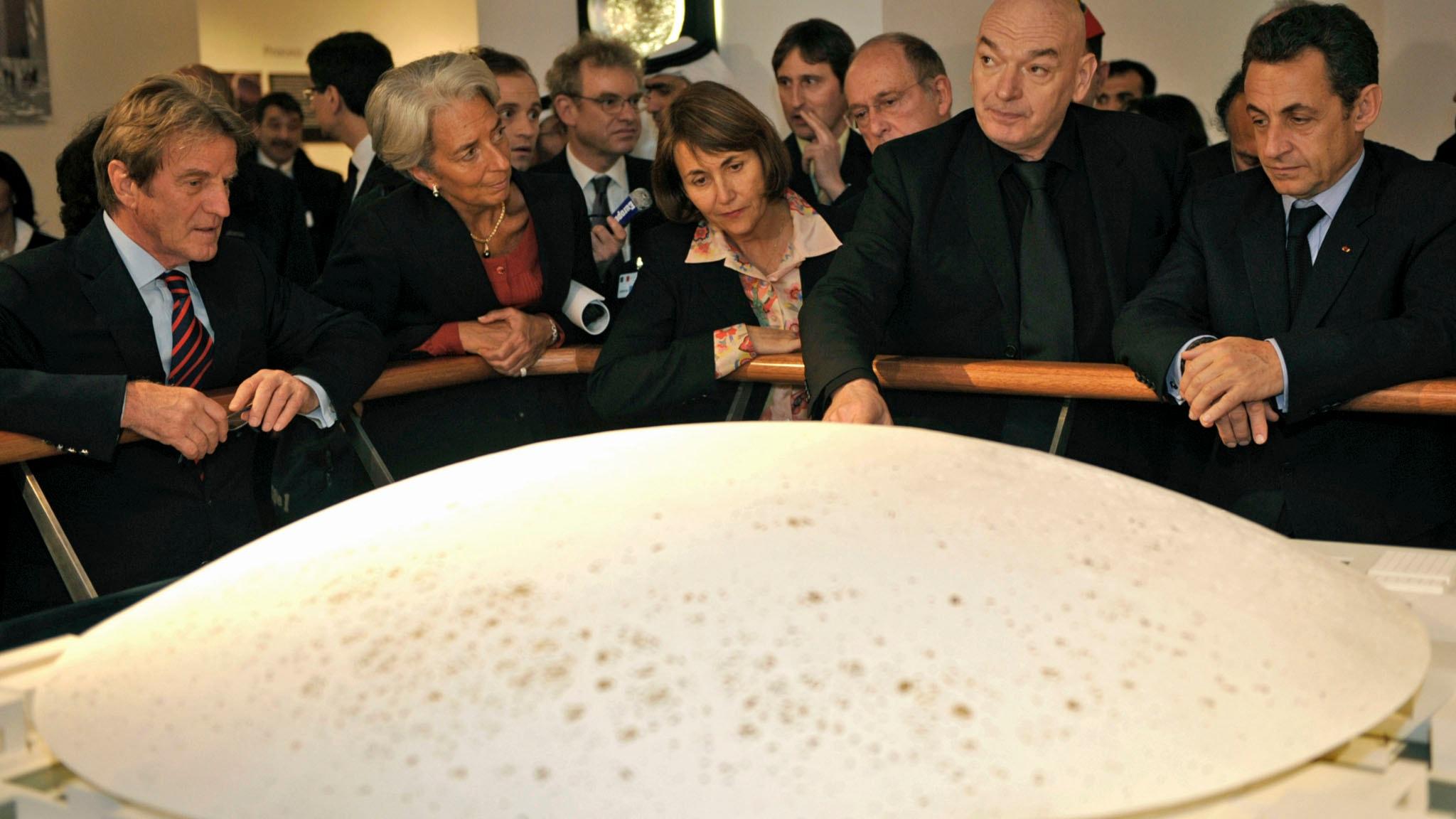 Kulturkrönikan: Perspektivskifte från #MeToo till Louvre Abu Dhabi