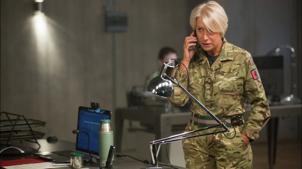 Helen Mirren som överste Powell i Eye in the Sky