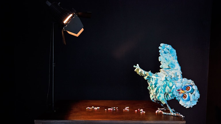 "Nathalie Djurberg och Hans Berg ""A Thief Caught in the Act (Baby Blue Owl)"", 2015."