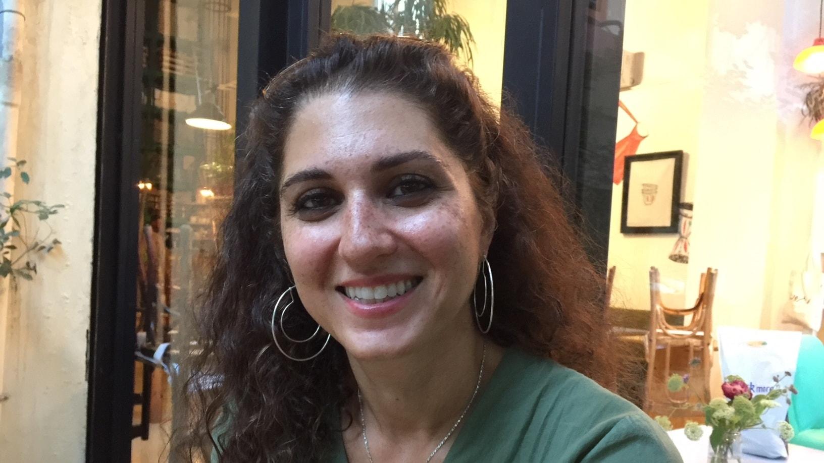 Alia Maleks släktkrönika om Assad-regimens tysta stöd