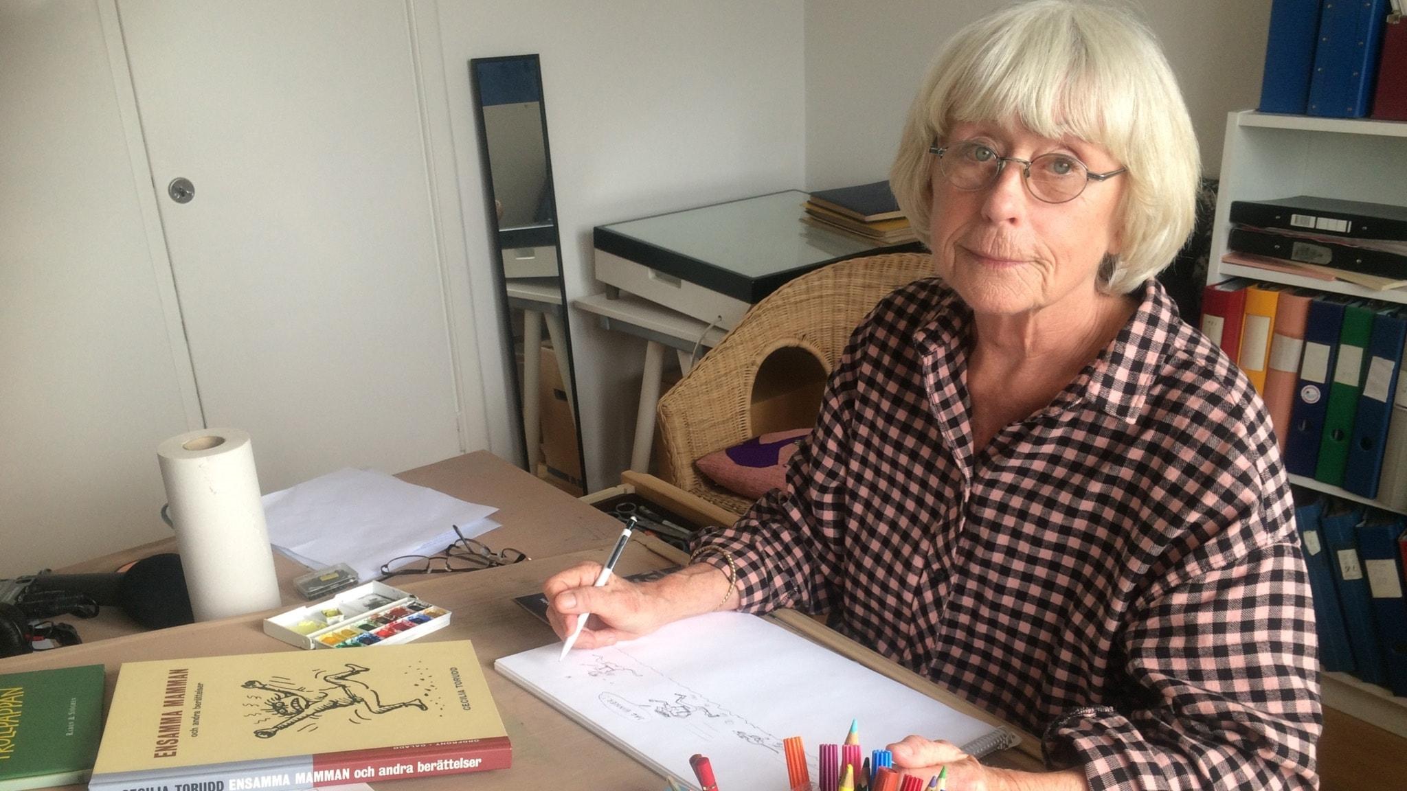 Cecilia Torudd - ensamma mamman som använder humorn för överlevnad