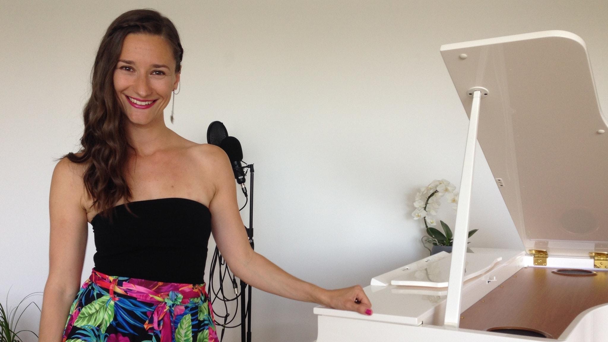 #Kielipuoli puhuu kidishiä ja kuuntelee tšekkiläisen suomalaista laulua