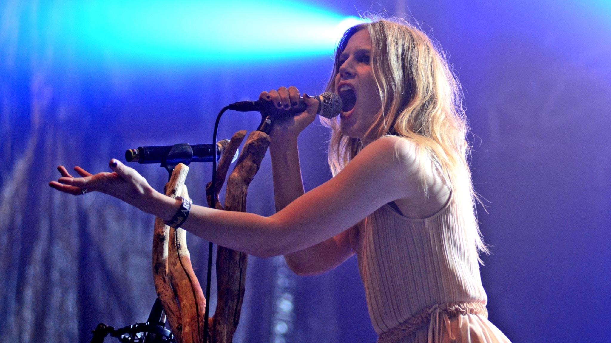 Mörker och ljus med danska Myrkur på Sweden Rock Festival