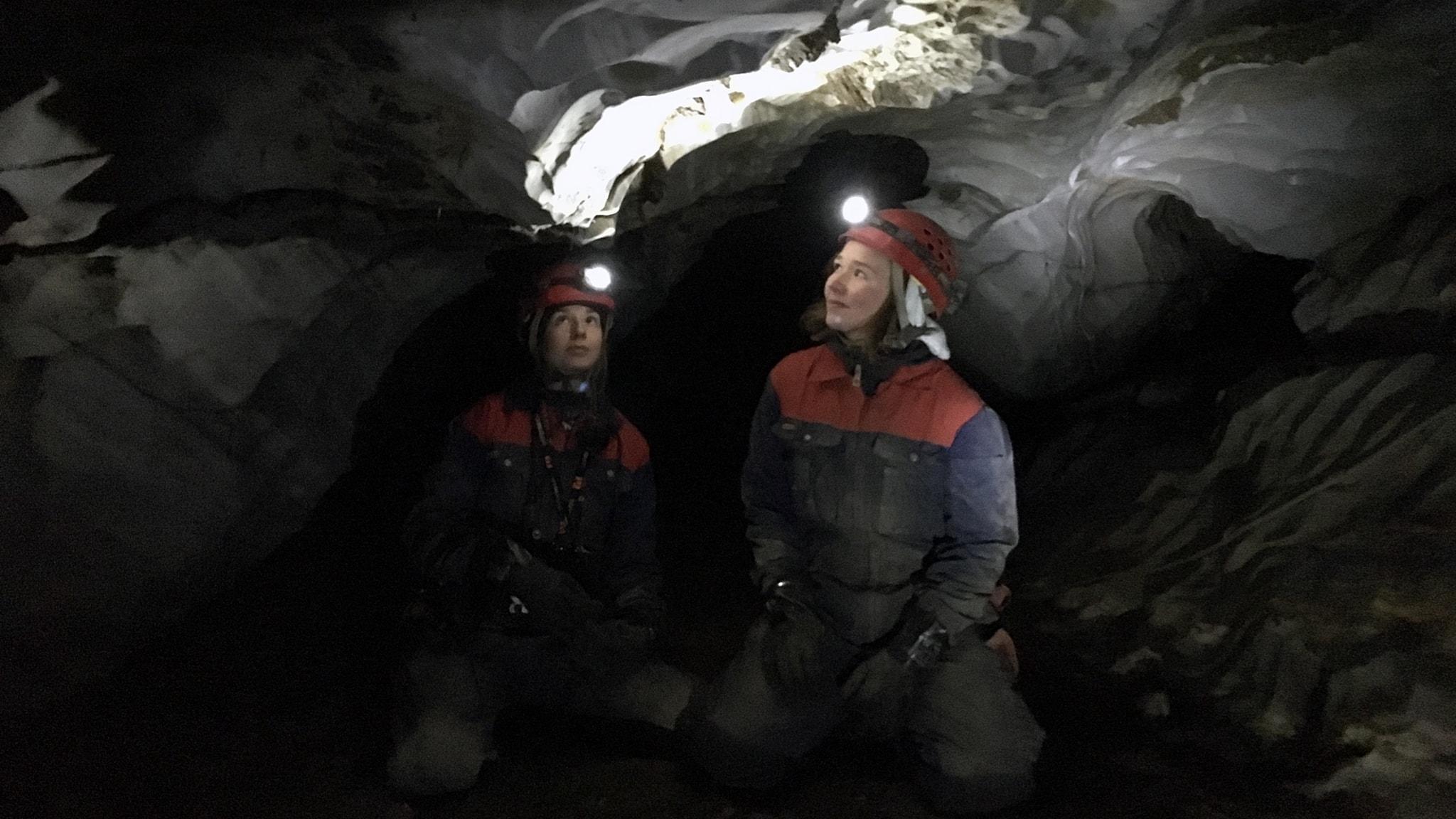 I Sveriges längsta grotta och värmande tips för den frusne