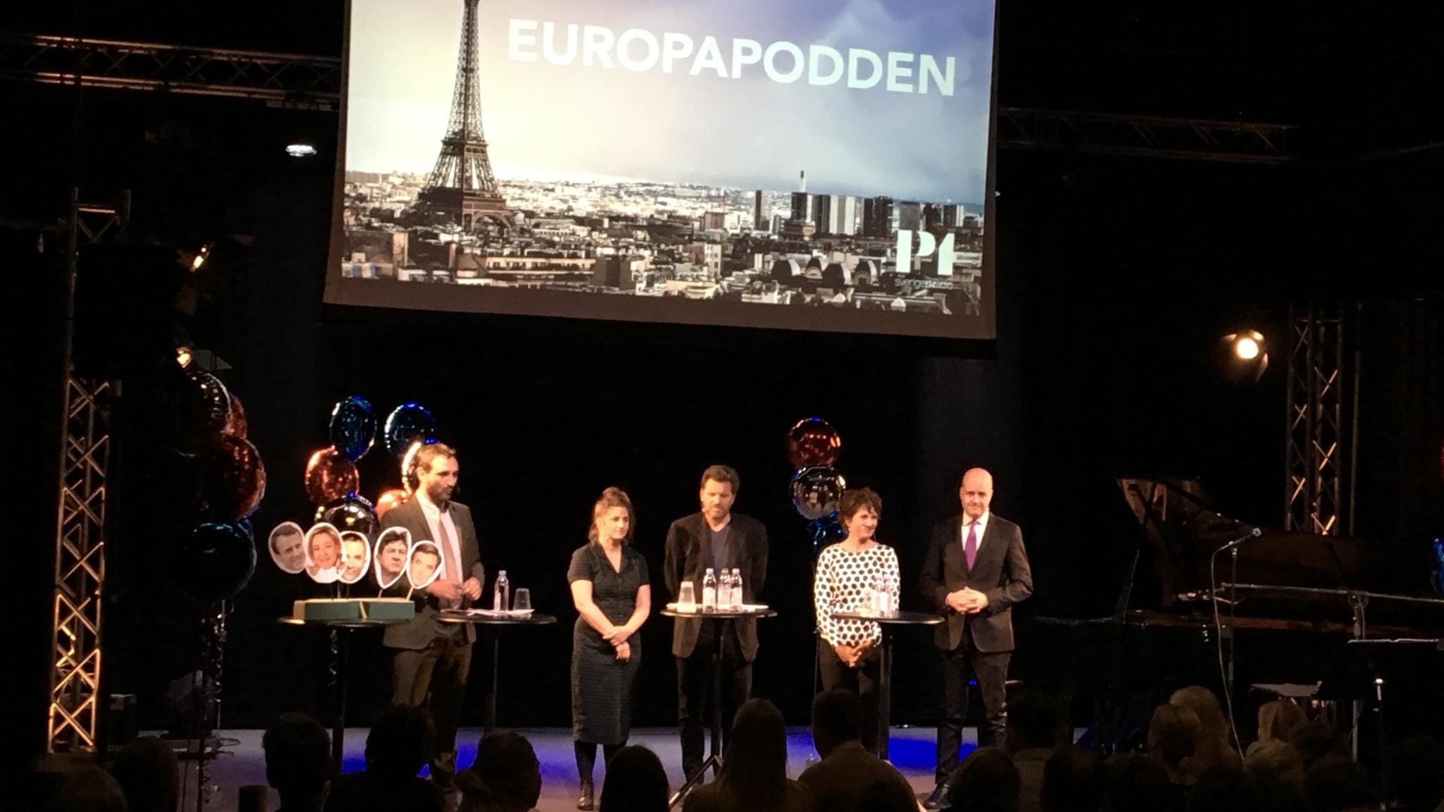 Avsnitt 13: Europapoddens scenshow med Fredrik Reinfeldt och Rikard Wolff