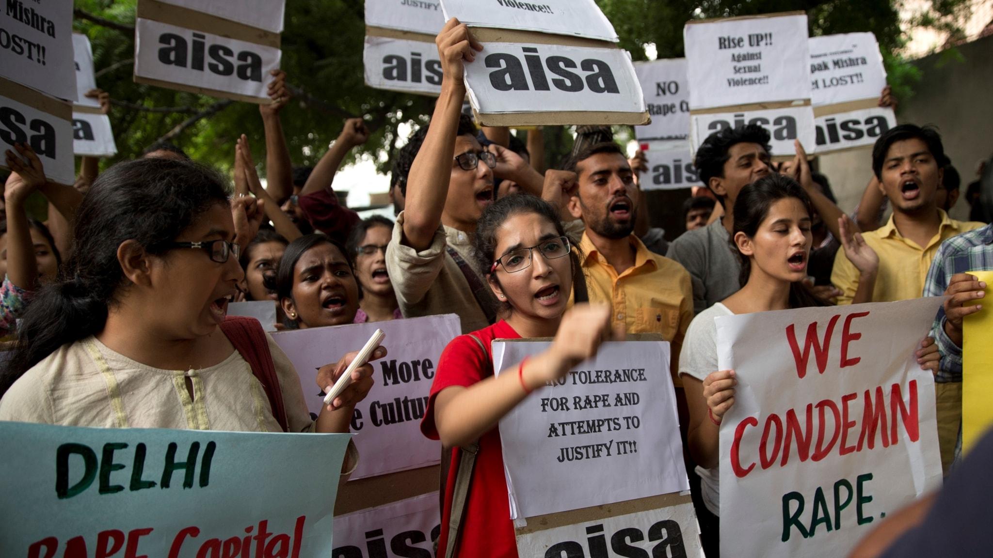 Indiens kvinnor hittar nya rum för frihet