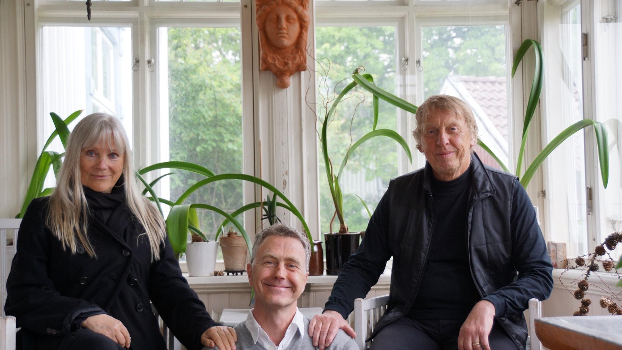 På besök hos Tomas von Brömssen