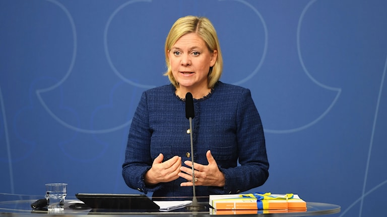 Finance minister Magdalena Andersson presents the spring budget.