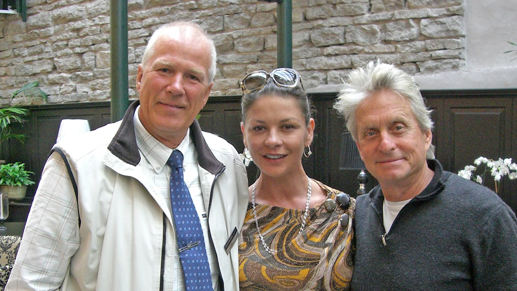 Jan Luthman, Catherine Zeta-Jones och Michael Douglas på Gotland. Foto: Privat