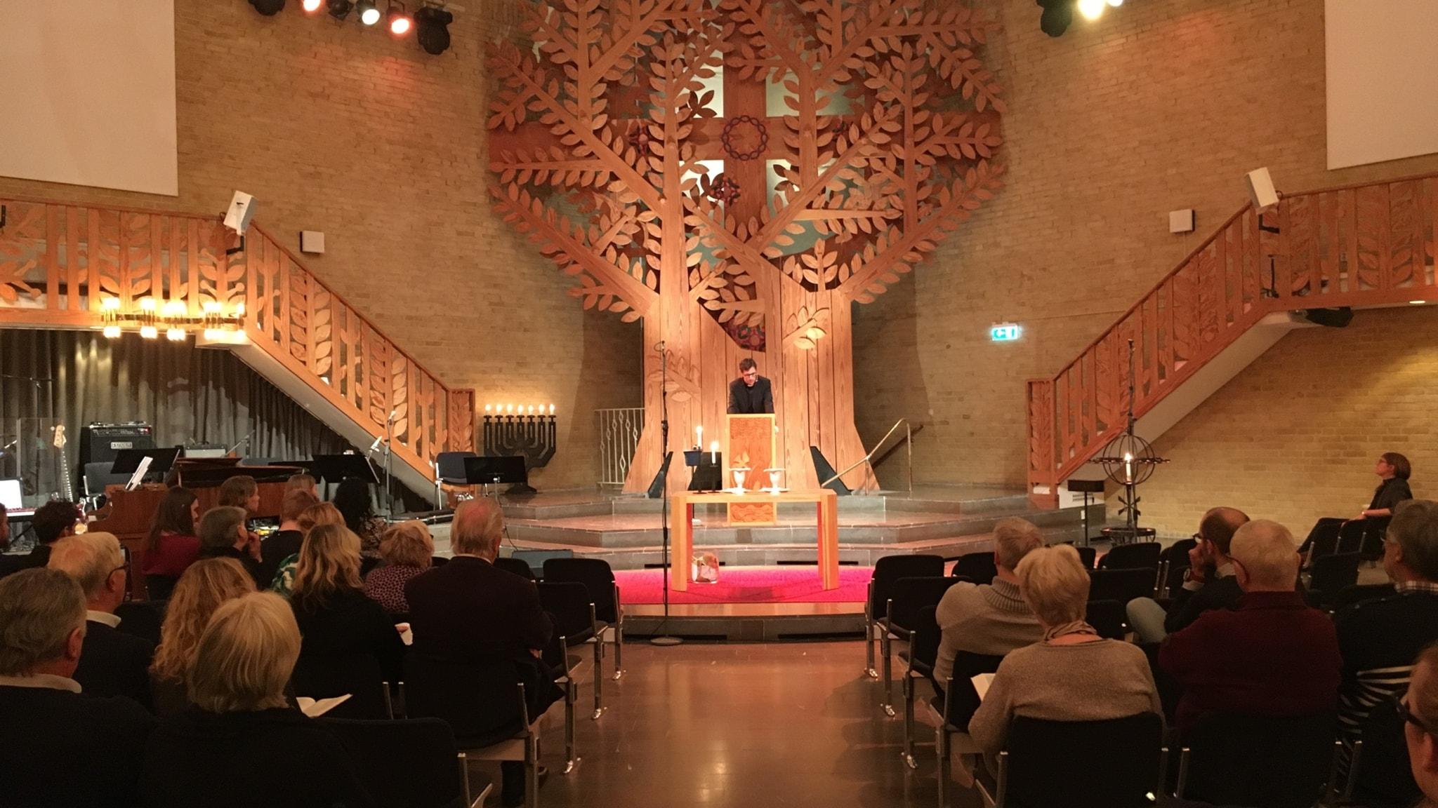 Härlighet och ljus – julaftonsgudstjänst från Saronkyrkan i Göteborg.