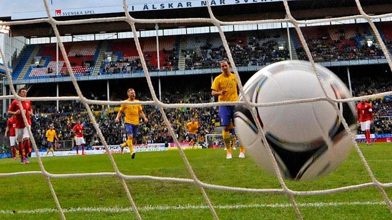 Pallo maalissa! Foto: Anders Wiklund /SCANPIX