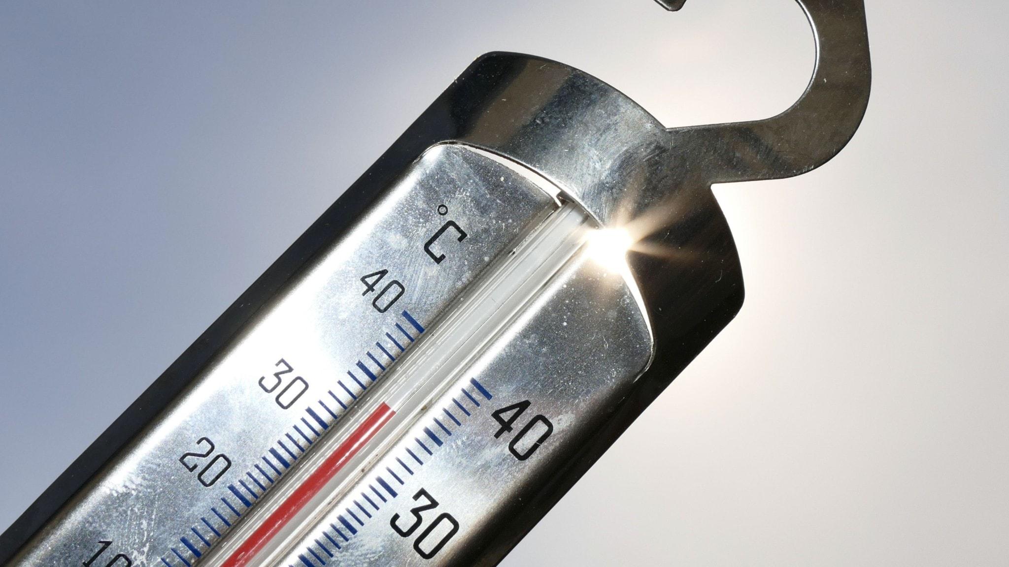 Klass 1-varning för mycket höga temperaturer i norra Skåne