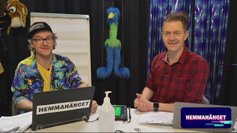 Två män i en studio