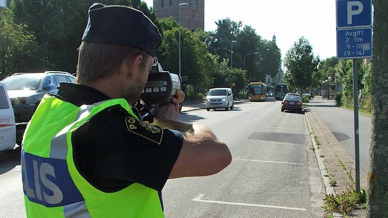 Hastighetskontroll med fartkamera