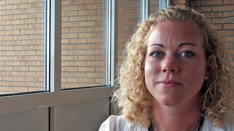 Sara Nilsson, säkerhetsansvarig Kristianstad-Österlen Airport. Foto: Moa Lundgren/Sveriges Radio