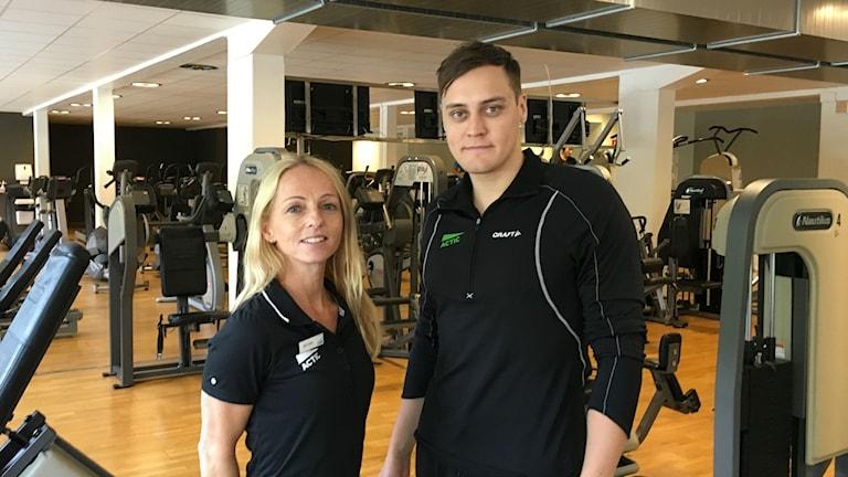 Viktoria Mattsson och Marcus Elsberg på Actic är krtitiska mot kommunens särbehandling av Friskvårdshuset.